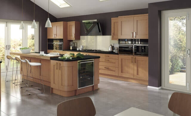 Windsor Shaker Oak Kitchen
