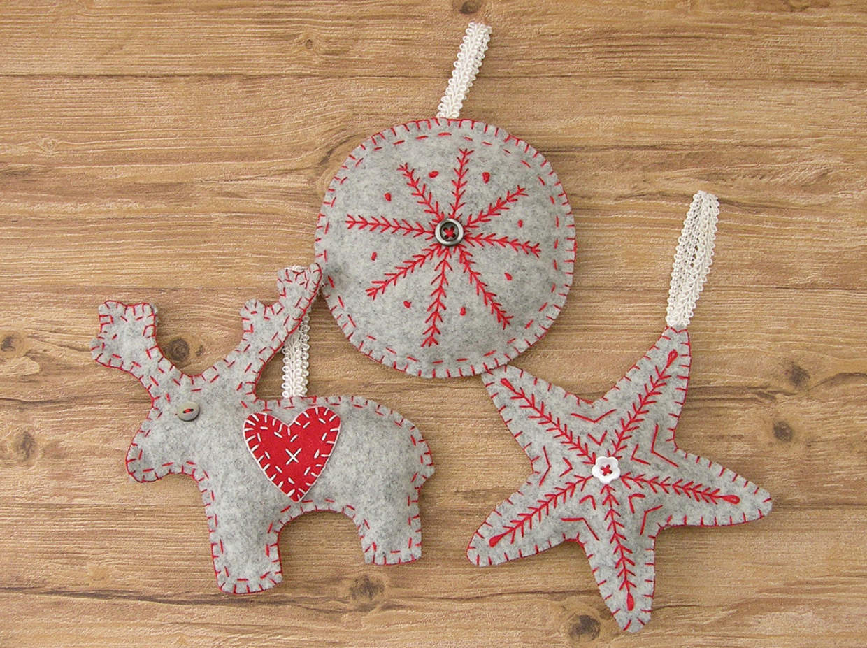 NORDIC TREE DECORATIONS