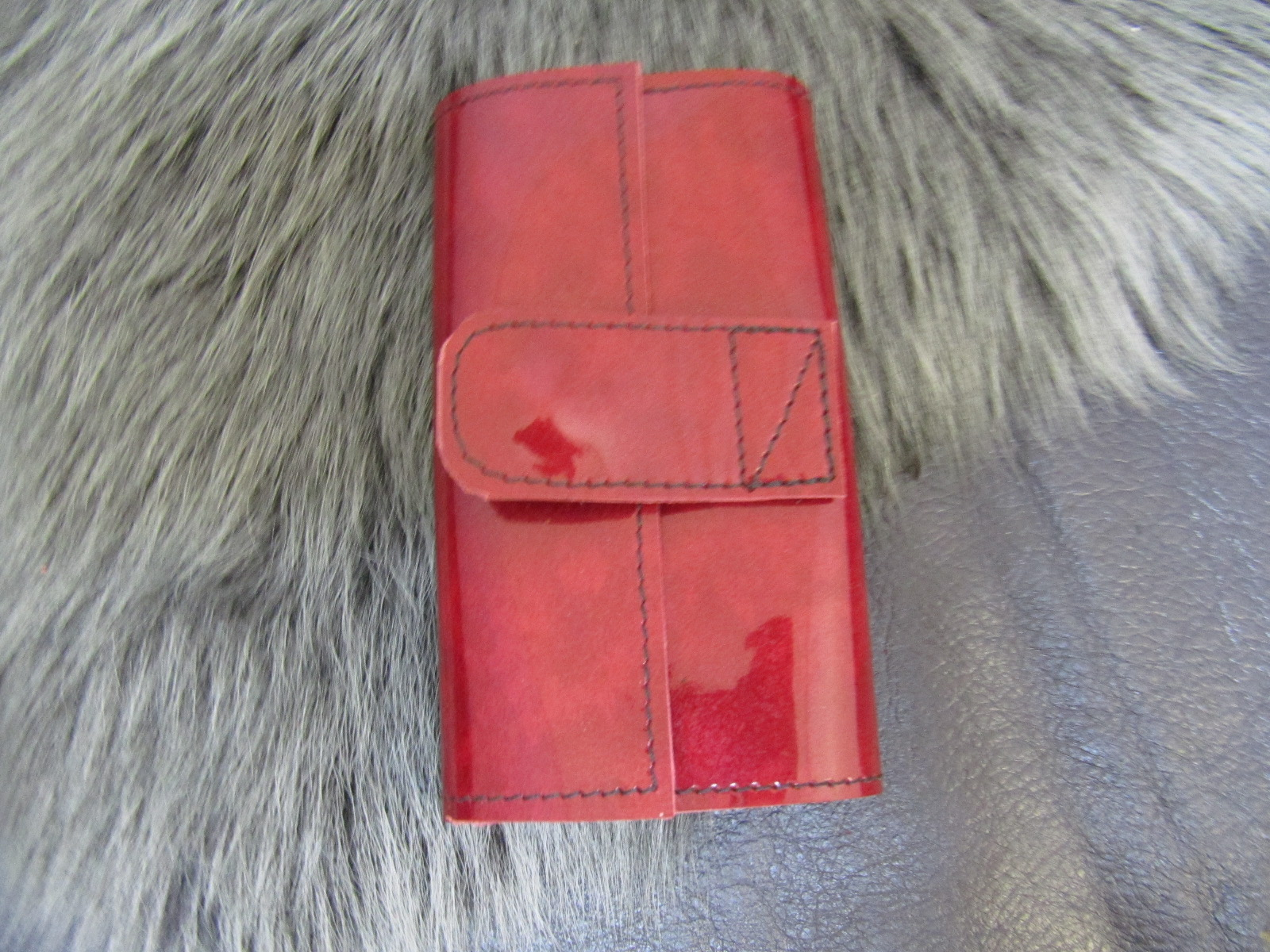Leather key case in red patent