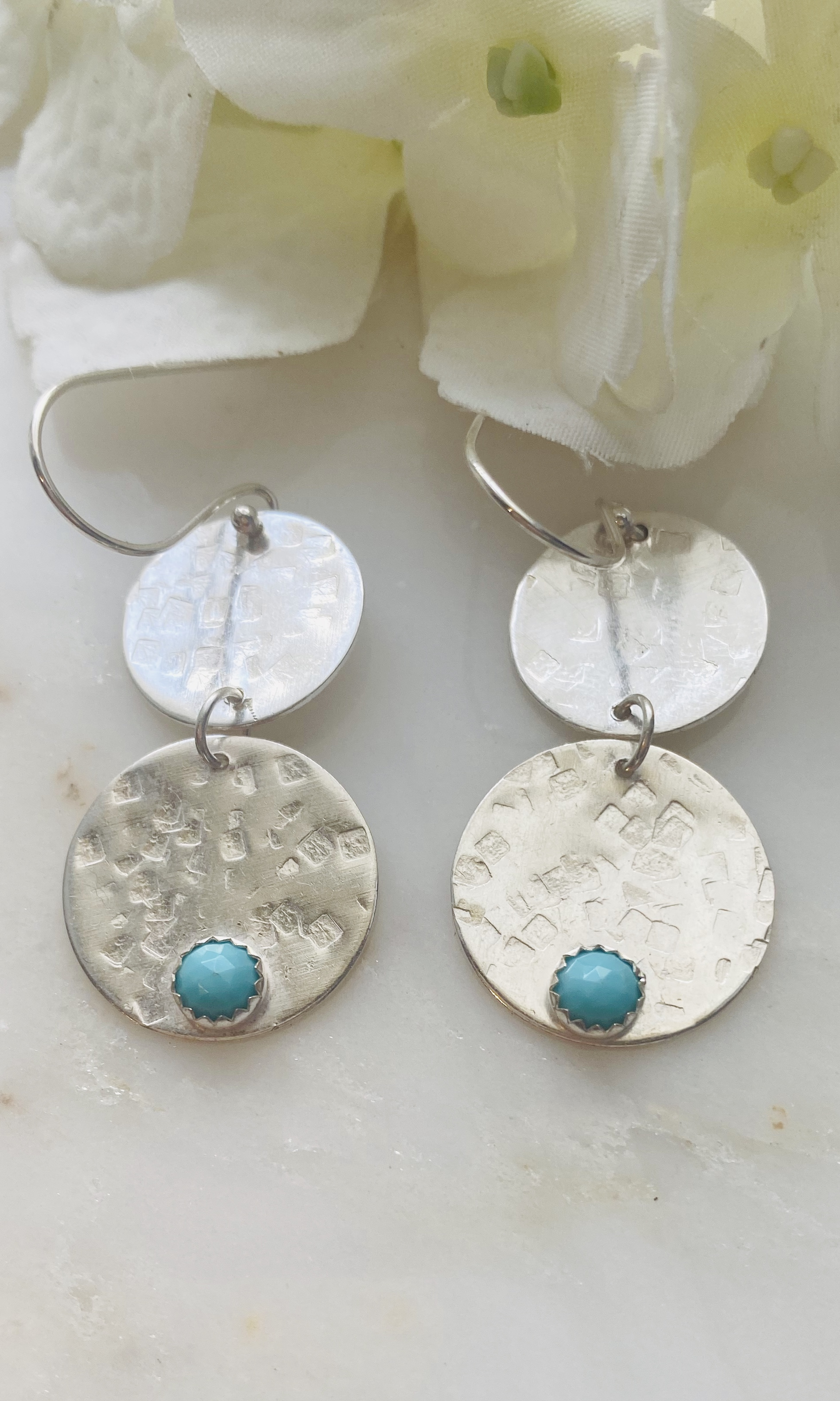 Turquoise double circle hammered earrings