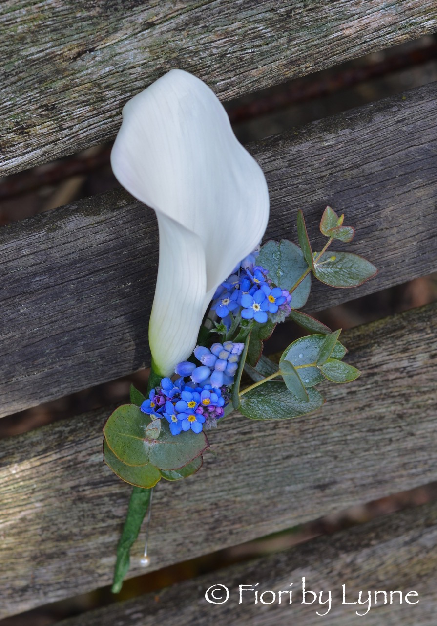 blue-white-buttonhole-spring-callalily-forget-me-not.jpg