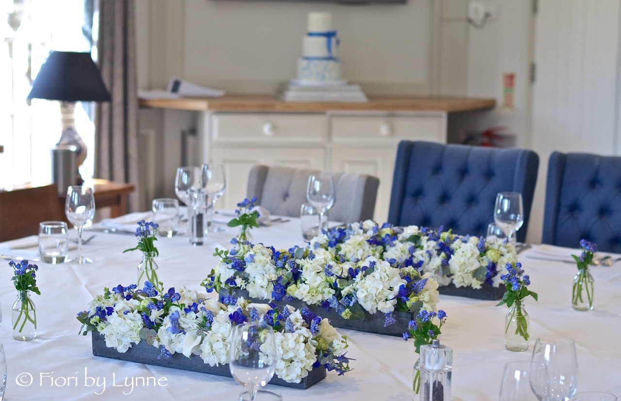 blue-white-shabby-chic-centrepieces-hydrangea-delphinium-forget-me-notmuscari.jpg