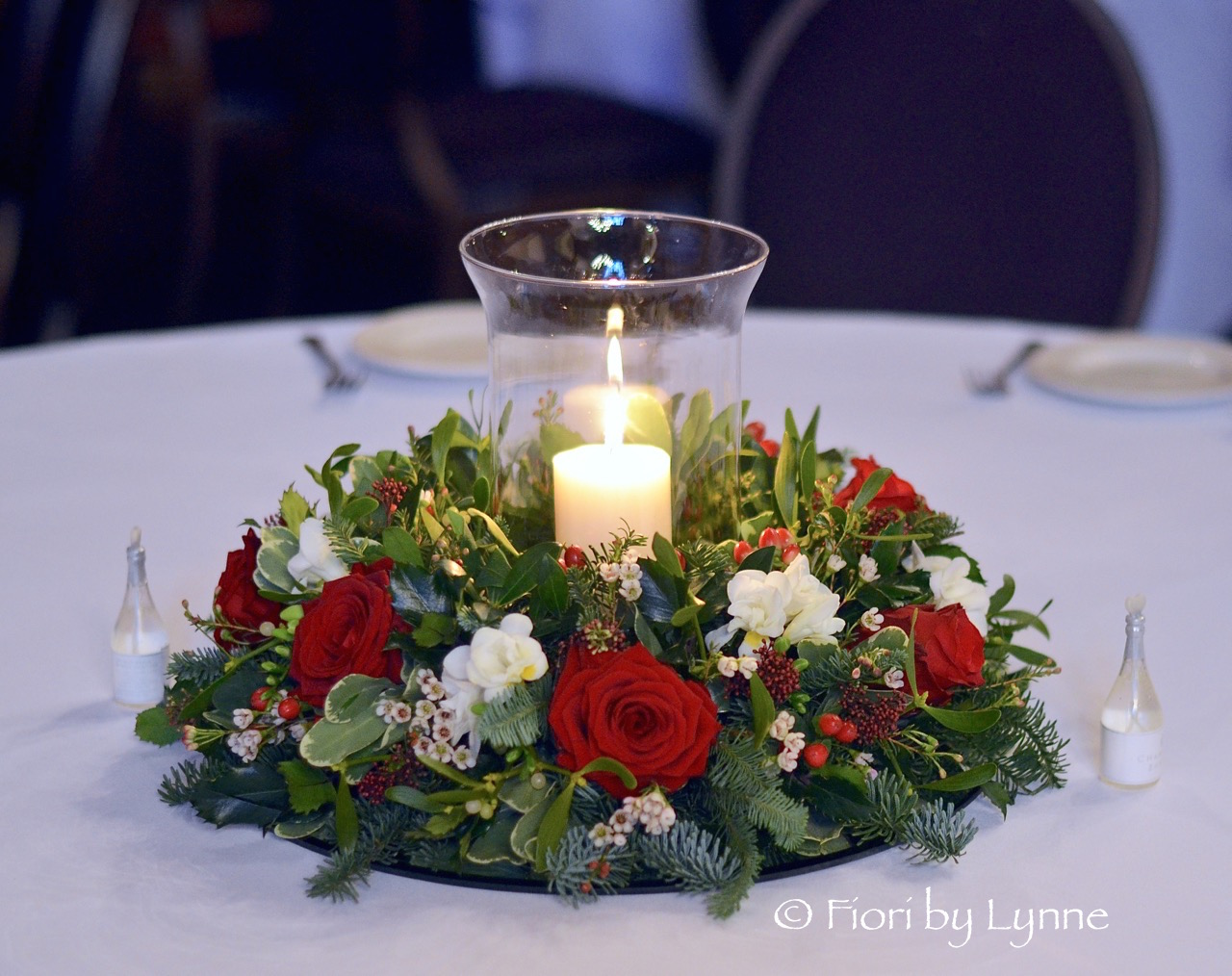 candlefloral-wreath-tablecentre-christmas-wedding-reds.jpg