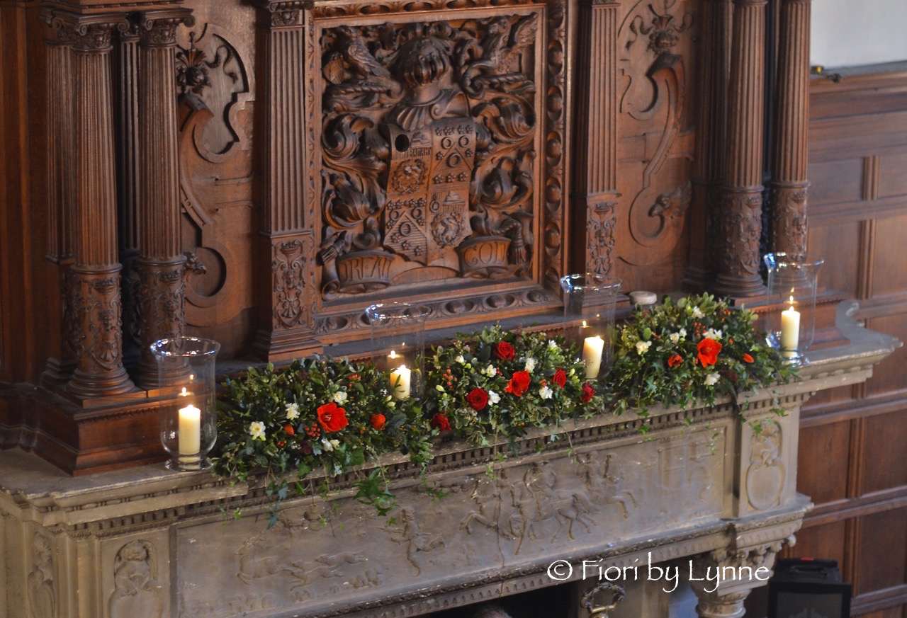 christmas-weddng-rhinefieldhousemantle-flowers-fireplace-decoration.jpg