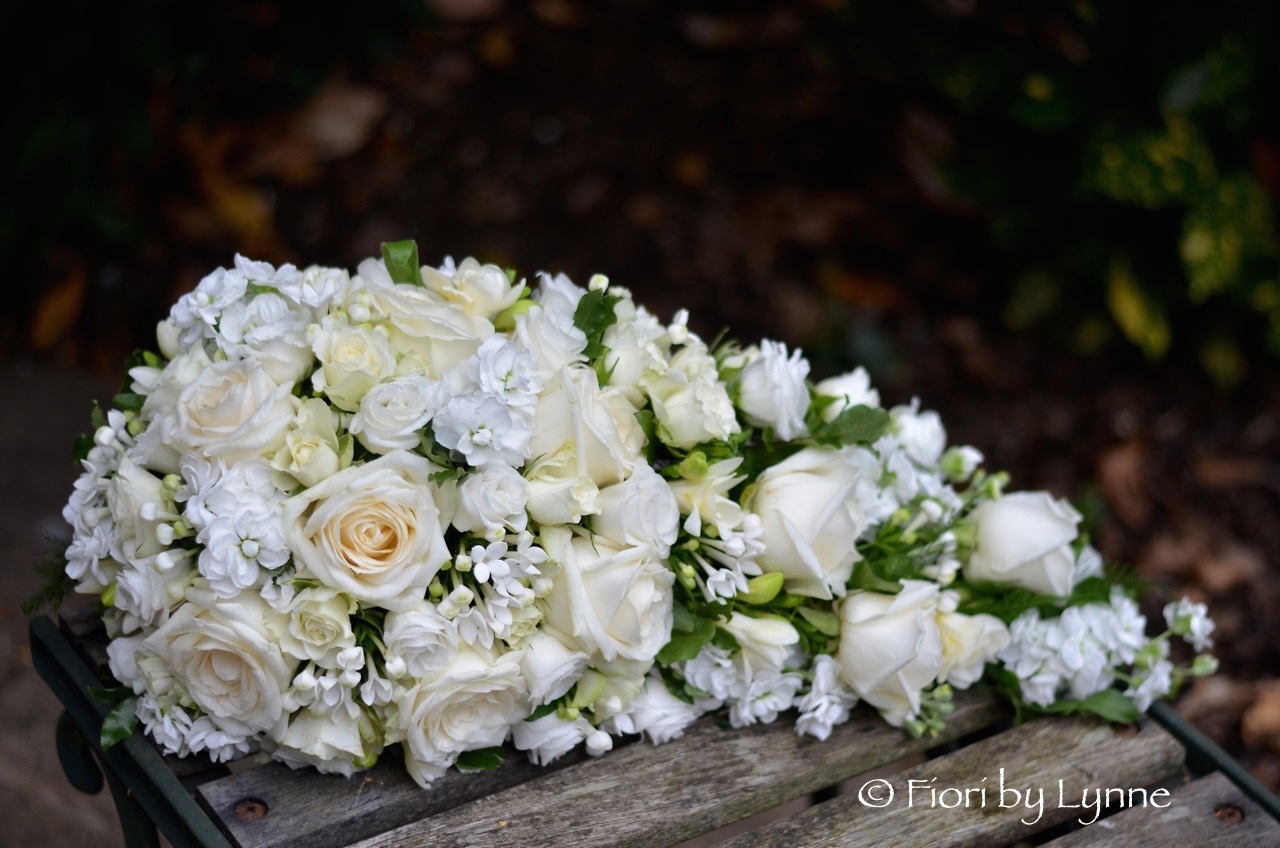 classic-teardrop-bouquet-whitesroses-stocks-bouvardialisianthus-freesia.jpg