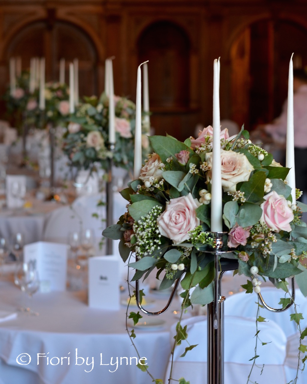 rhinefieldhouse-candelabra-wedding-flowers-natural-coffee-blush.jpg