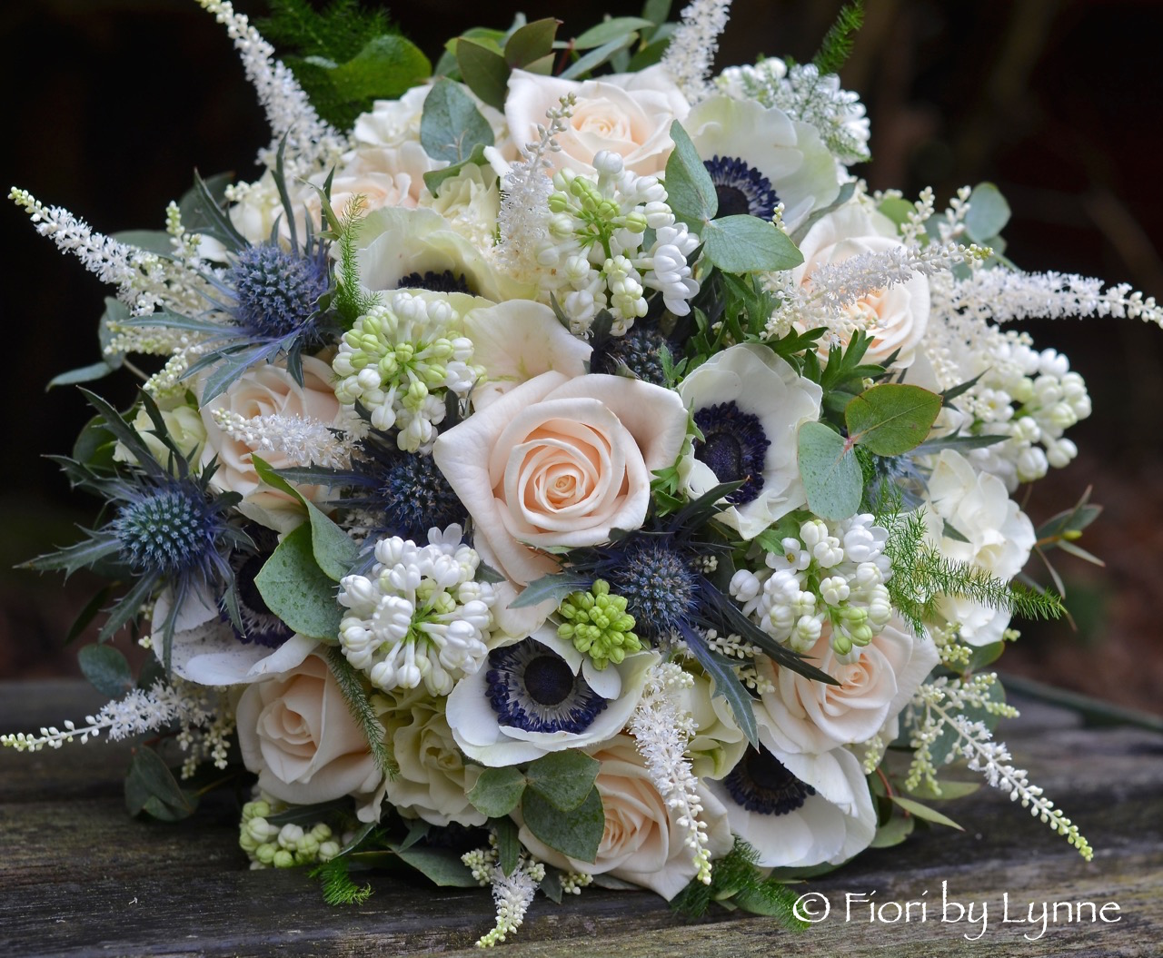 Sheryls champagne and blue wedding flowers lainston house junglespirit