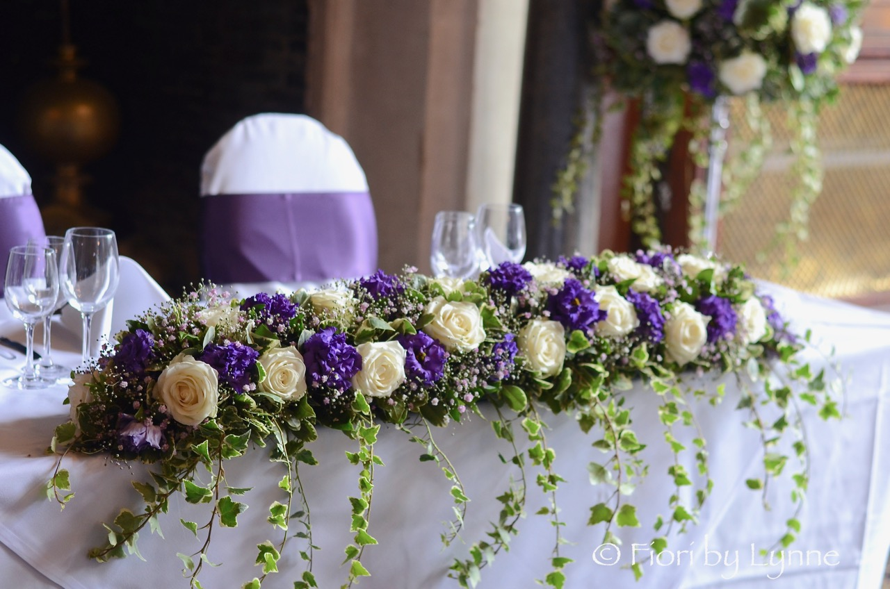 toptable-flowers-purple-white-rhinefieldhouse.jpg