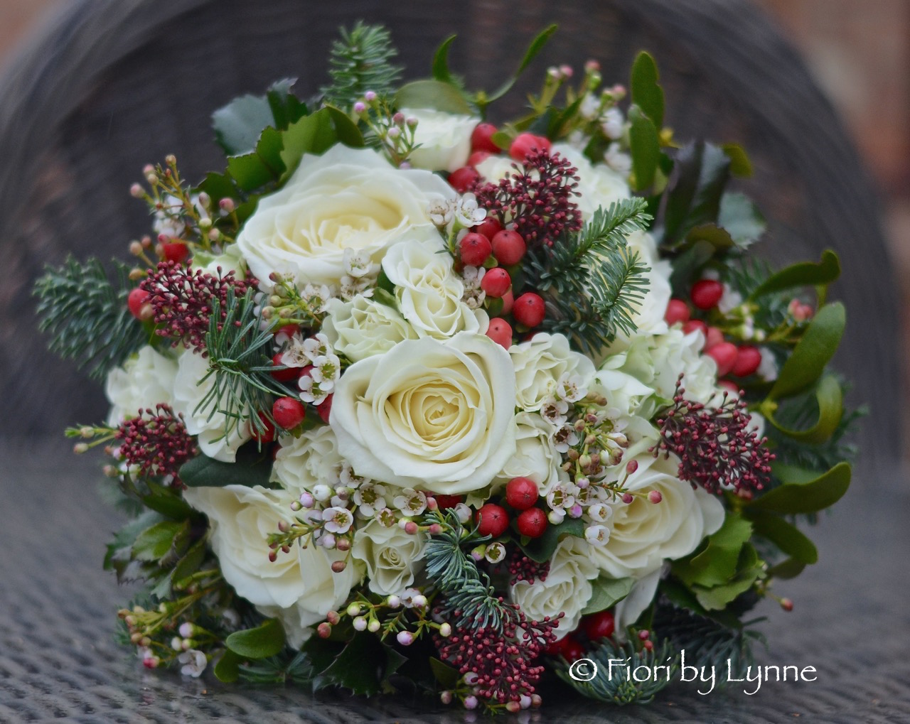 winter-bouquet-white-rose-red-berry-seasonal-foliages.jpg