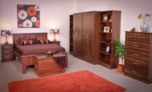 Classic Range, Bandon Bedroom Range in Walnut