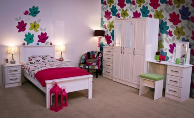 Classic Range, Avocado Bedroom Range in White