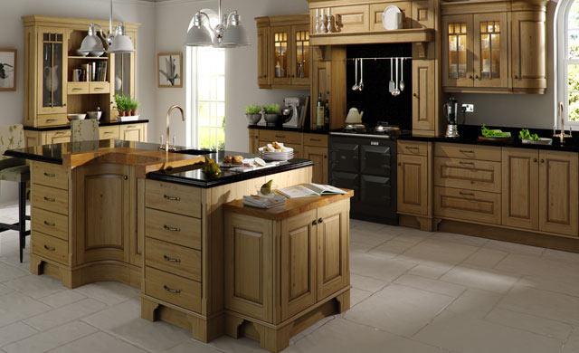 Cedarwood wooden kitchens for Oak fitted kitchen