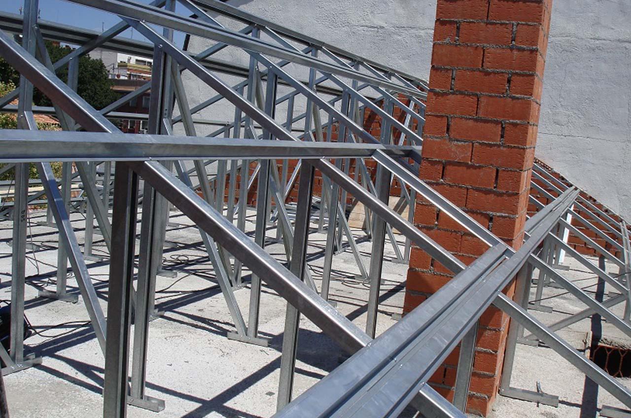 Tejados cofam madrid construcci n arreglos reformas for Empresas de mantenimiento de edificios en madrid