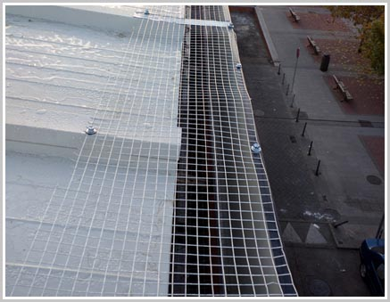 Servicio de mantenimiento anual de tejados y cubiertas for Empresas de mantenimiento de edificios en madrid