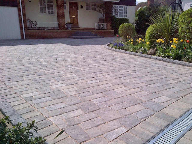 Block paved driveways Datchet