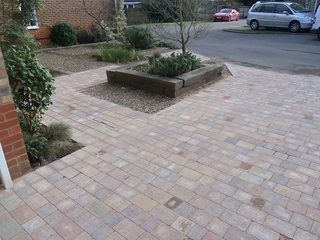 Driveway companies in Sunbury-on-Thames