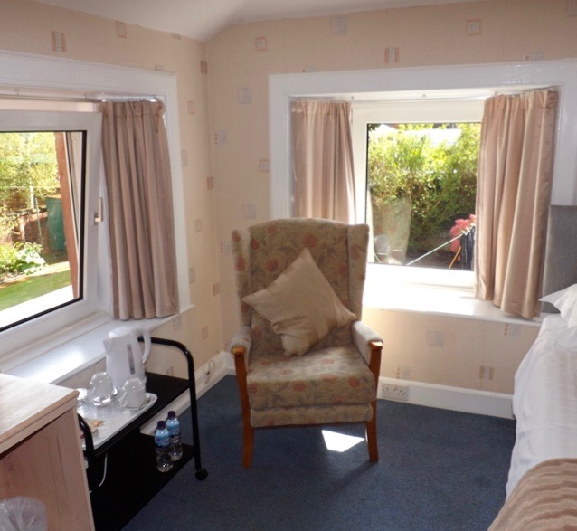 The twin room at Lindean Guest House Dumfries