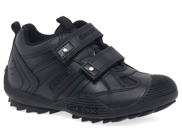 Black boys trainers