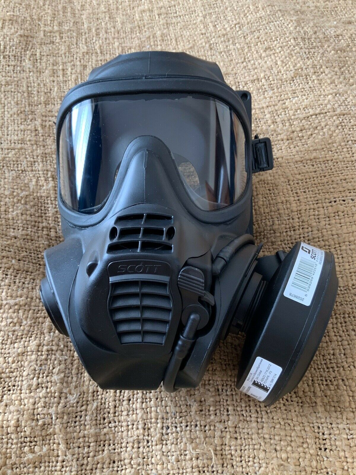 New 3M Scott FRR Full Face Respirator Size 2 or 3 +Two New P3 Filters 2030