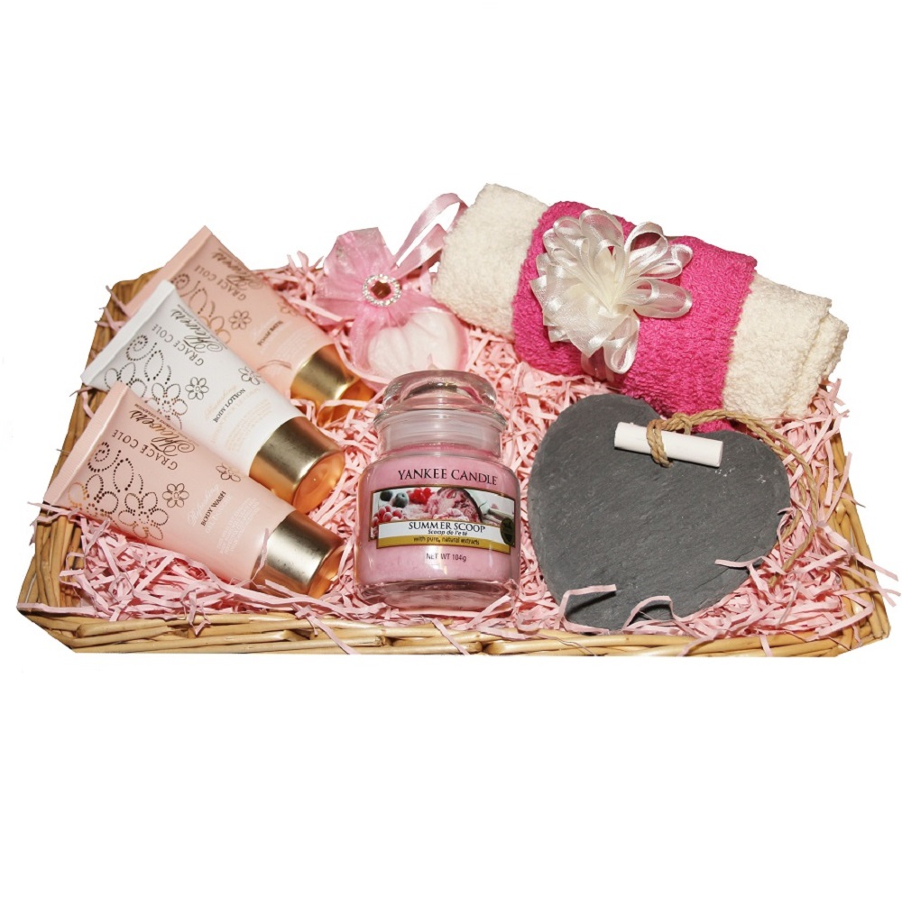 Pamper Me, Gift Basket - with Yankee Candle 'Summer Scoop'