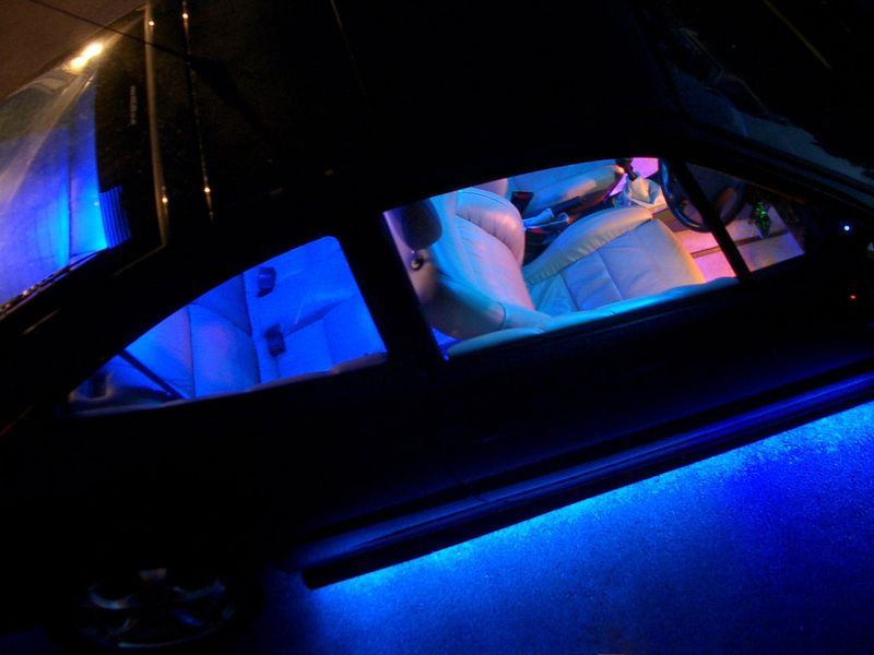 Show car lighting from ICELED
