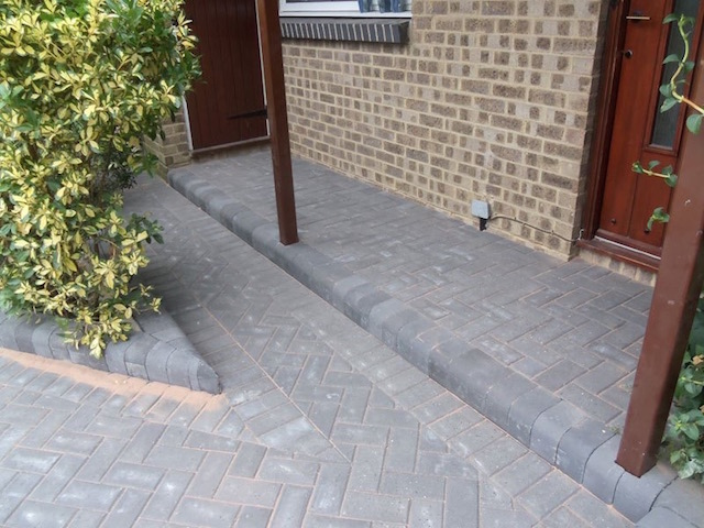 Recommended block paving driveway firms in Datchet, near Windsor, Berkshire