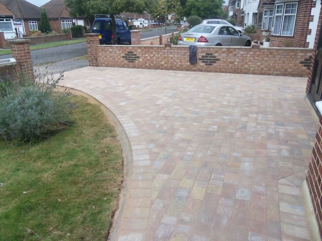 Recommended block paved driveway companies Staines, Middlesex