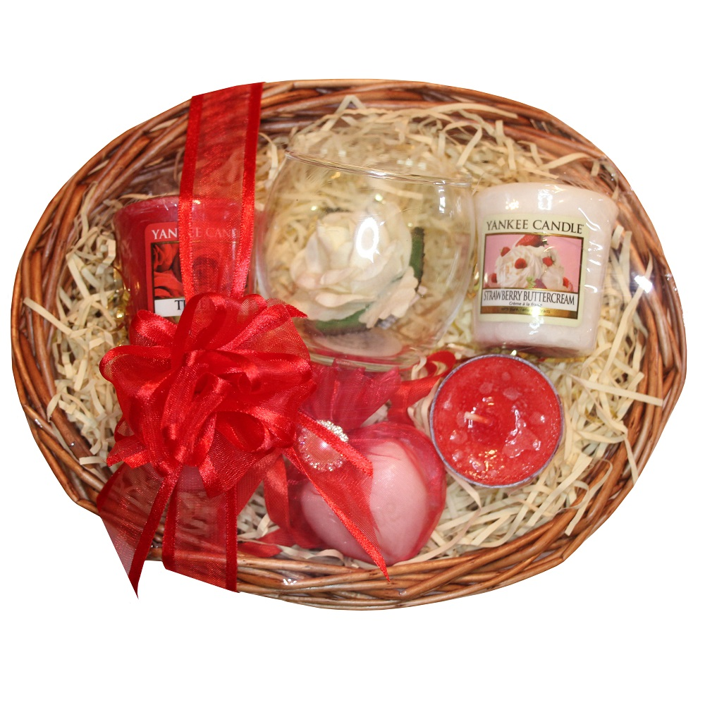 Candle Treat, Gift Basket - Red