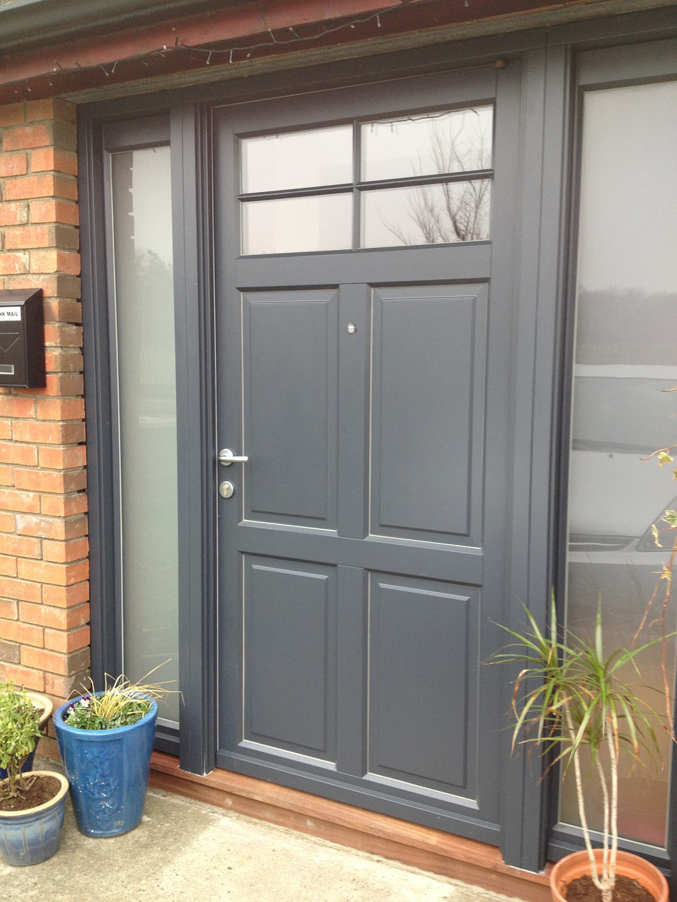 Vrogum timber door, anthracite grey