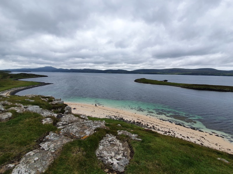 The-beautiful-coral-beach-on-the-isle-of-skye-a-must-see