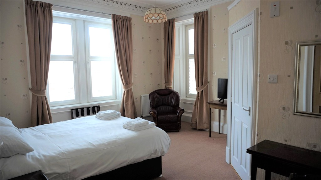 Triple bedroom at Lindean Guest House Dumfries