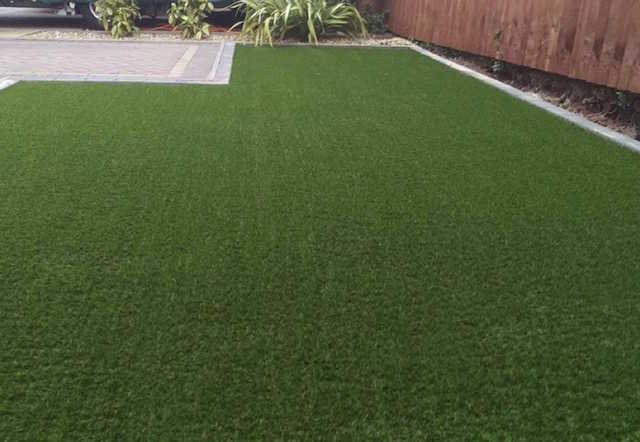 Artificial grass contractors Wolverhampton