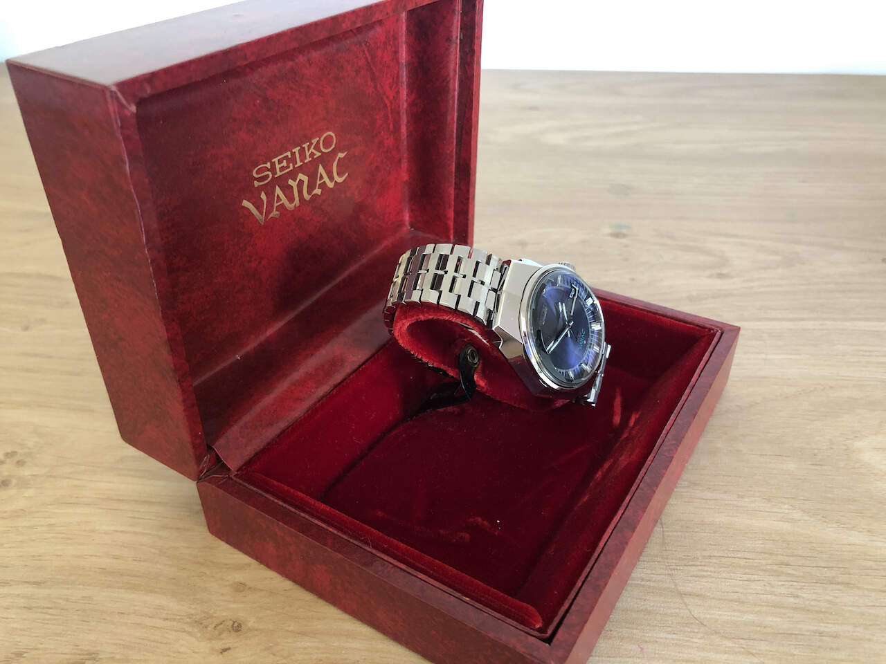 King Seiko Vanac box