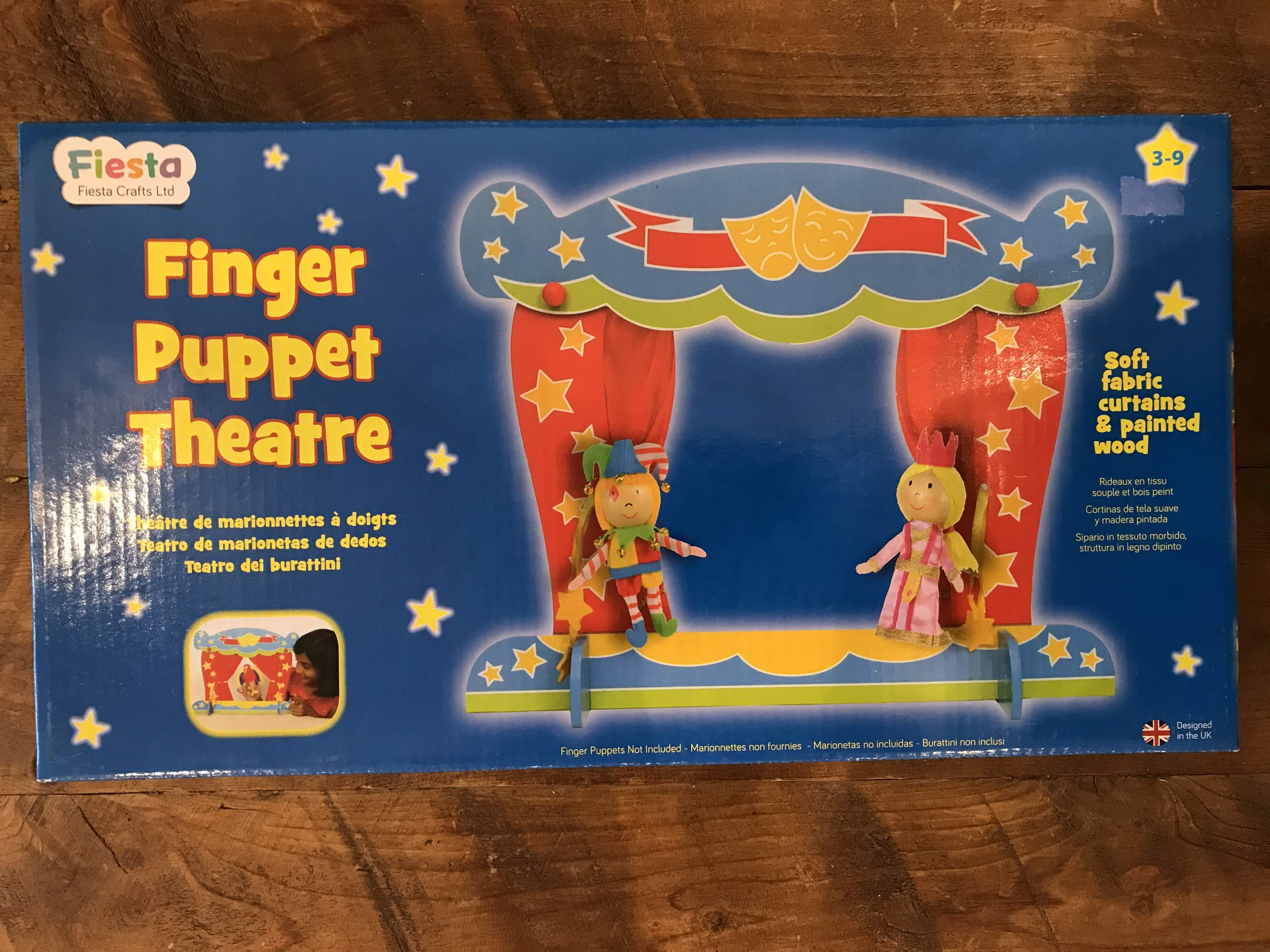 Finger Puppets and Finger Puppet Theatre