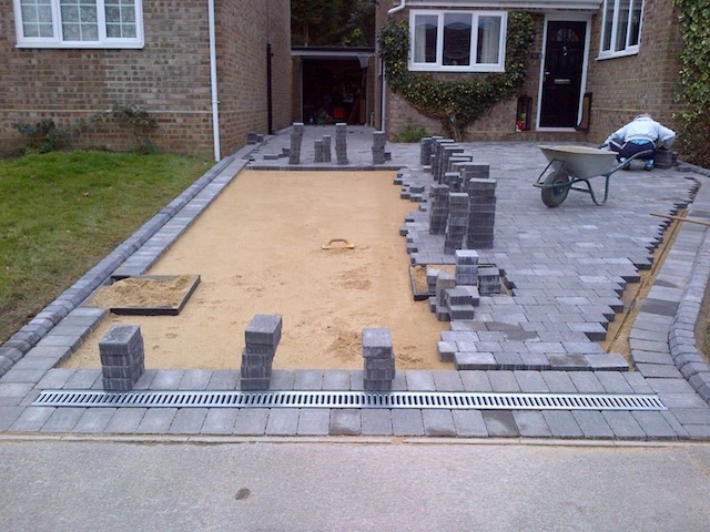 Block paved driveway companies in Lightwater, Surrey