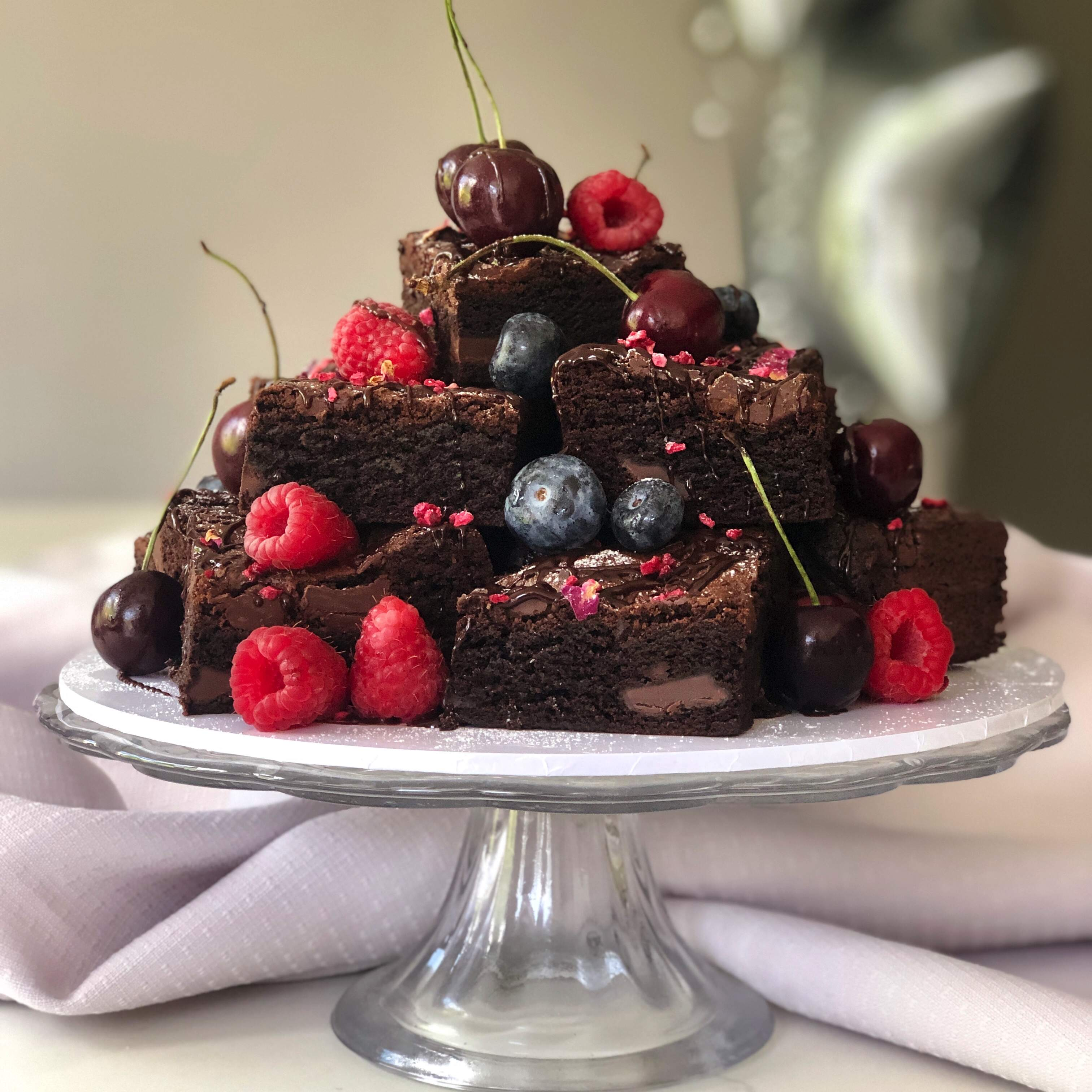 Karen Anna Brownie - topped with seasonal fruits