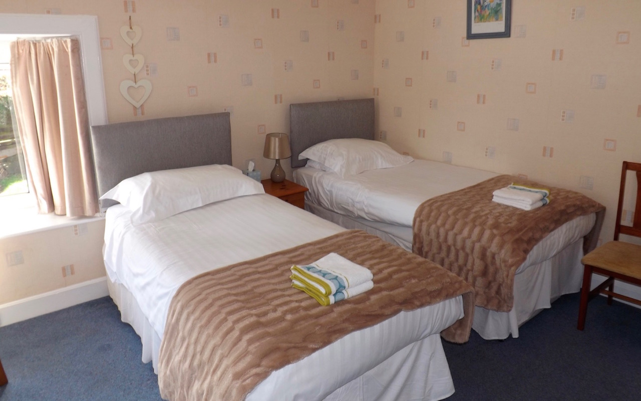 Twin Bedroom at Lindean Guest House