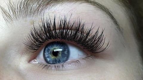 66a86335eeb Hybrid Eyelash Extensions / Lashes in Billericay Essex