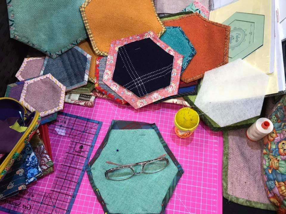 Fabric Affair:Hex-A-Go Templates.