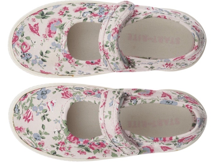 White floral Mary Jane sandals for young girls