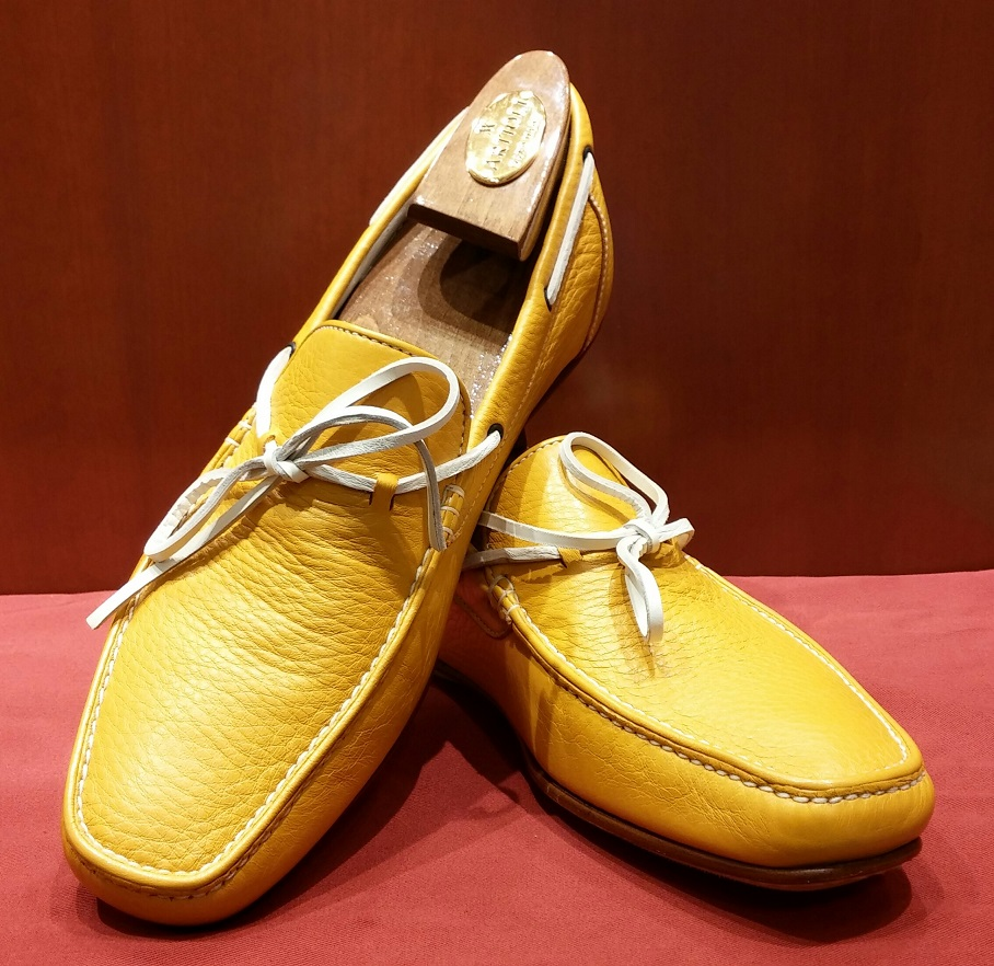 Driving Shoe Model 552 Yellow & White