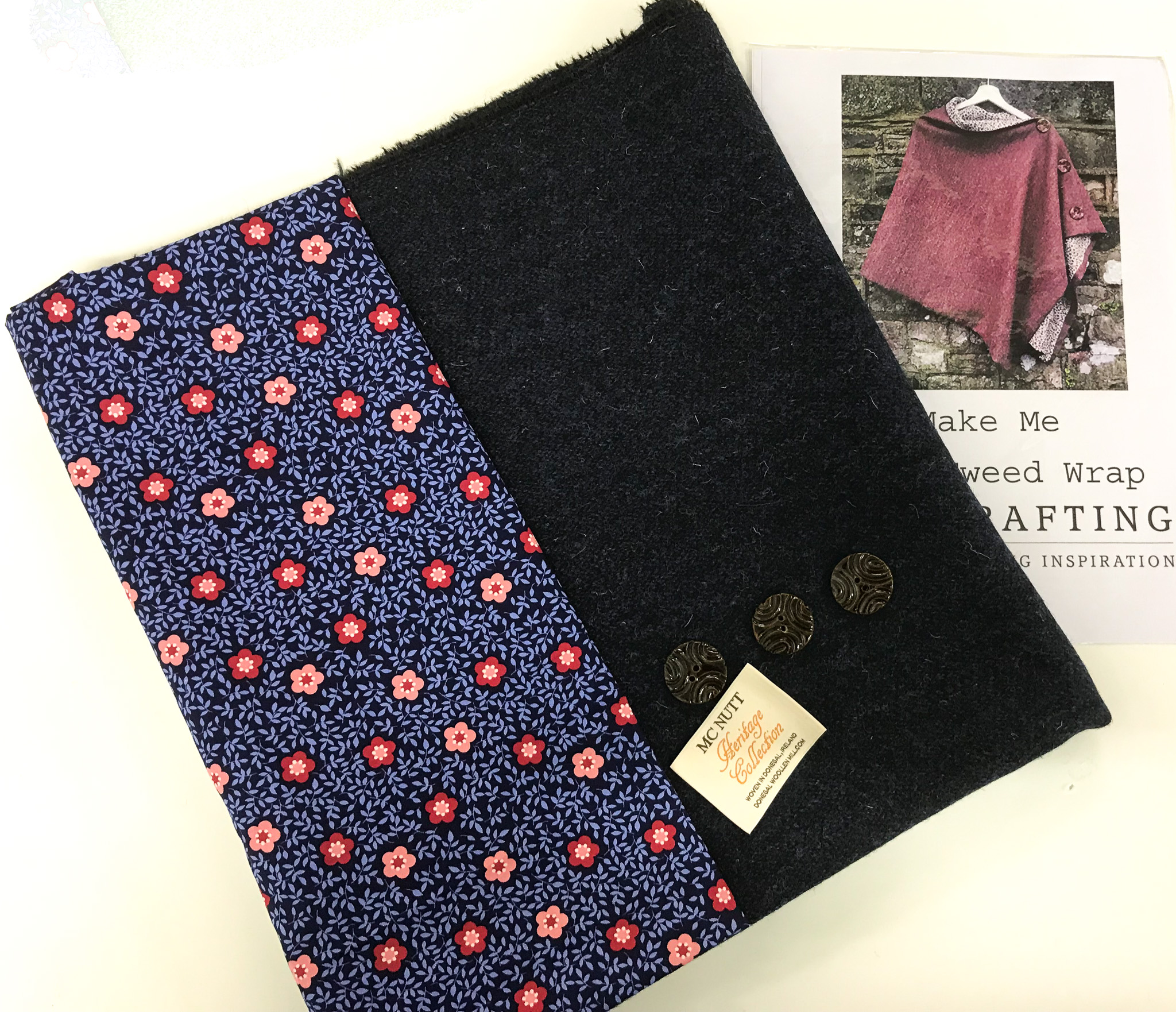 "Fabric Affair: ""Dark blue tweed wrap Kit Limited Edition"""