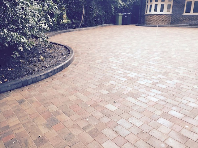 Block paved driveways Englefield Green