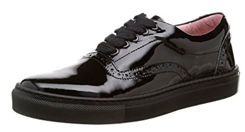 School shoes for girls in black patent brogue style