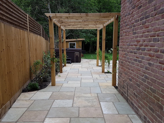 Natural stone patios by Block Paving Surrey Sunningdale