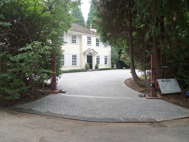 Recommended driveway installers West Byfleet