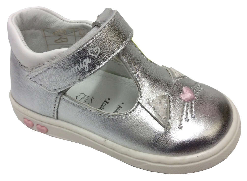 Girls patent leather mary jane style shoes in mint green and strawberry pink