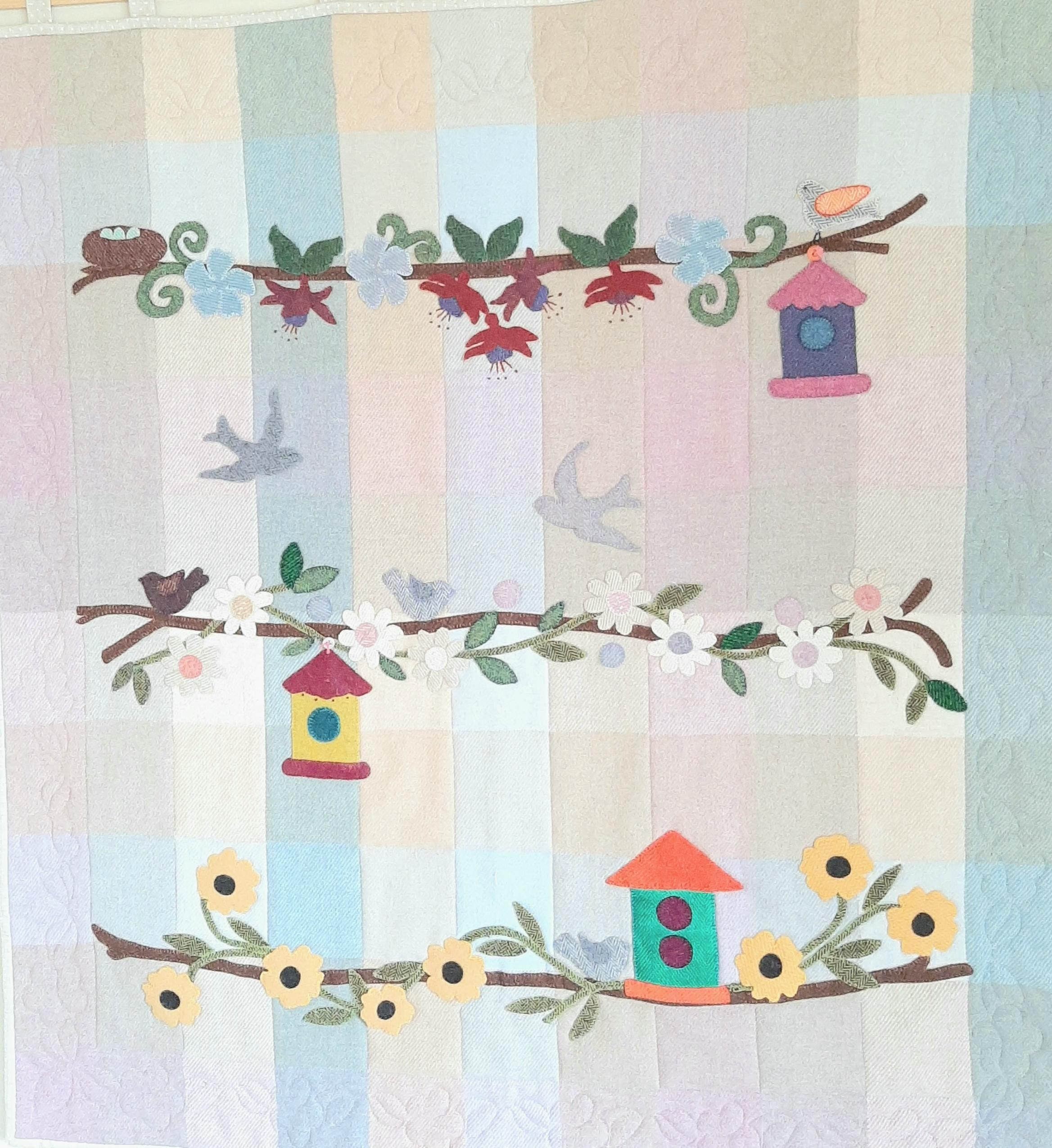 Fabric Affair: Bird House Quilt.