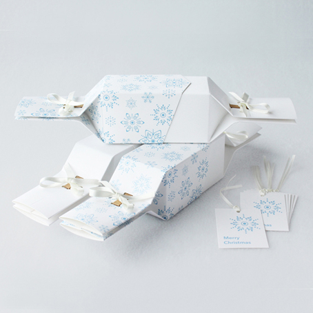 6 Reusable Eco Crackers - 'Frosty White' design - with FREE tags
