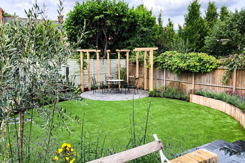 London Garden with Oak Pergola